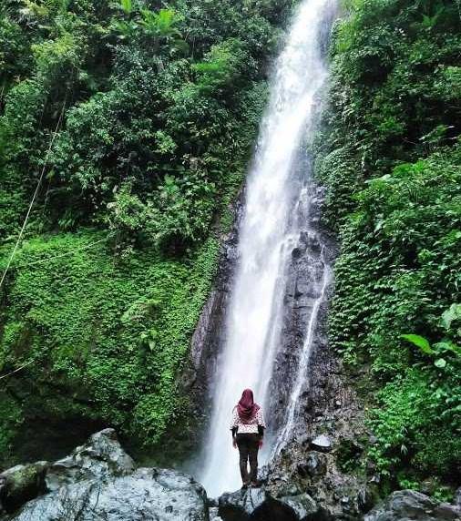 Wisata Jawa Tengah Air Terjun Montel